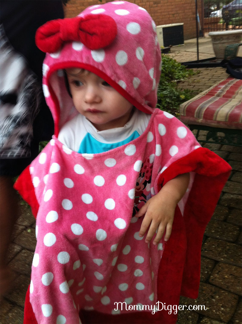 Minnie Mouse Hooded Poncho Towel Review