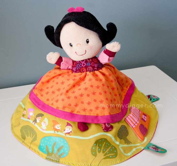 Liliputiens Snow White Reversible Doll Review
